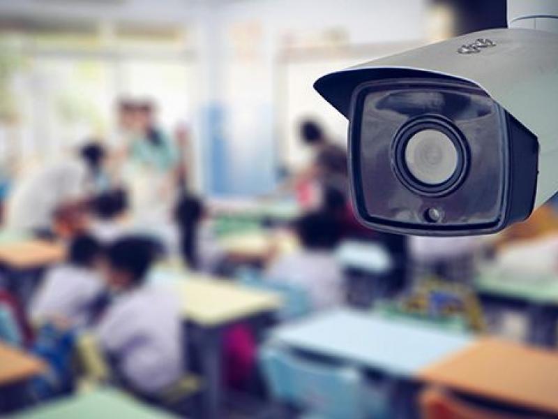 Το Δημοτικό Συμβούλιο λέει όχι στις κάμερες στις τάξεις